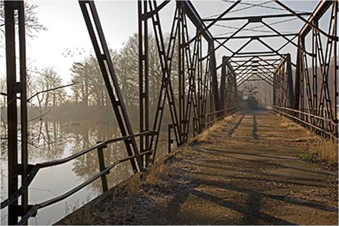 148510-1506007367-Langdon Clay_Tallahatchie Bridge in Winter-xl